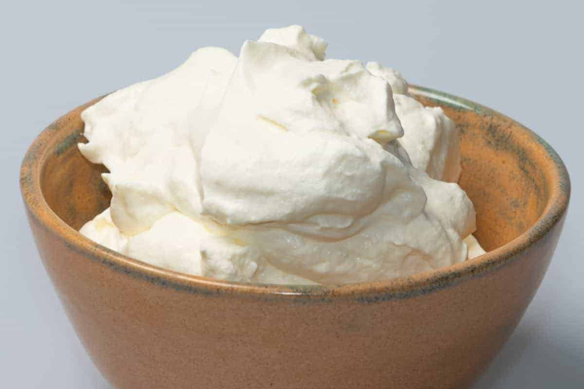 are dogs safe to eat whipping cream
