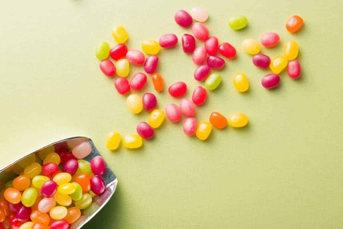 are jelly beans safe for dogs